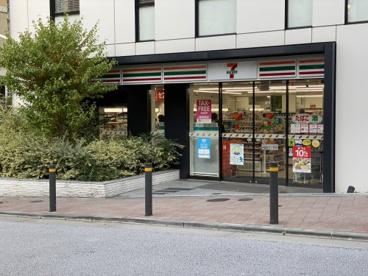 セブンイレブン 赤坂駅南店の画像1