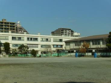 川崎市立 上丸子小学校の画像2