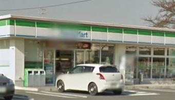 ファミリーマート 西青山2丁目店の画像1