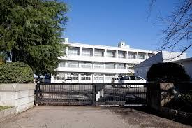 流山市八木中学校の画像1