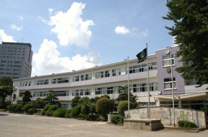 柏市立富勢中学校の画像1