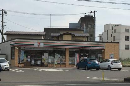 セブンイレブン八島町店の画像1