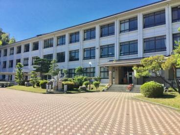 甲賀市立伴谷小学校の画像1