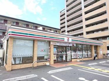 セブンイレブン 堺浜寺石津町中店の画像1