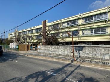和泉市立黒鳥小学校の画像2
