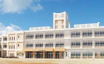 うるま市立城前小学校の画像1