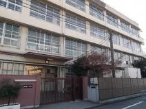 俊徳中学校