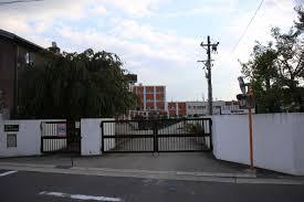 名古屋市立牧の池中学校の画像1