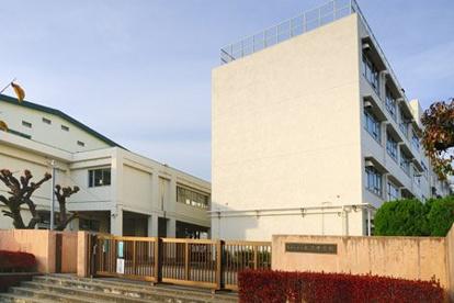 世田谷区立北沢中学校の画像1