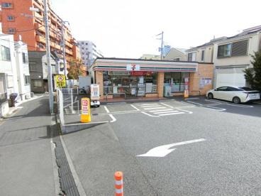 セブンイレブン 墨田向島5丁目店の画像1