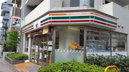 セブンイレブン 文京湯島2丁目店の画像1