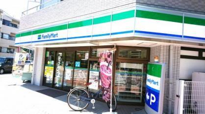 ファミリーマート 中野江原町一丁目店の画像1