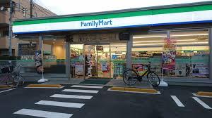 ファミリーマート 東大和向原店の画像1