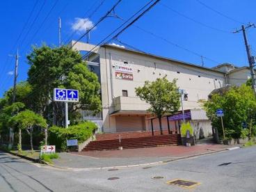 ココカラファインプラスイズミヤ 学園前店の画像1