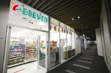 セブンイレブン 7FS羽田クロノゲート店の画像1