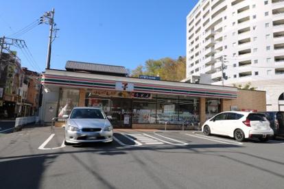セブンイレブン 伊豆長岡南店の画像1