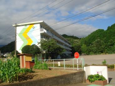 三島市立沢地小学校の画像1