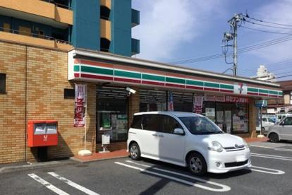 セブンイレブン 宇都宮宇商通り店の画像1