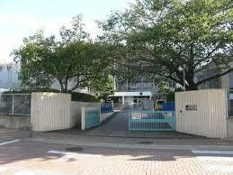名古屋市立引山小学校の画像1