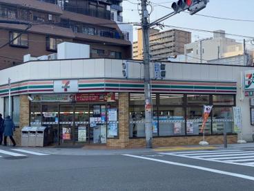 セブンイレブン 大阪筆ヶ崎町店の画像1