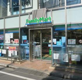 ファミリーマート原宿神宮前店の画像1