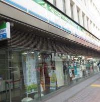 ファミリーマート渋谷電力館前店の画像1