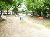 富堂児童公園