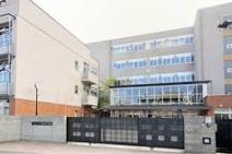 新宿区立西早稲田中学校