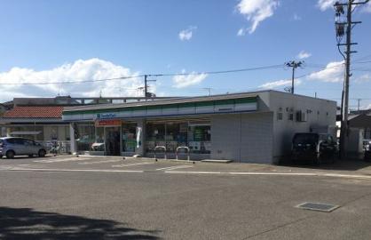 ファミリーマート福島商業高校前店の画像2
