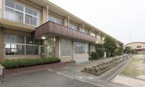 川島町立つばさ南小学校