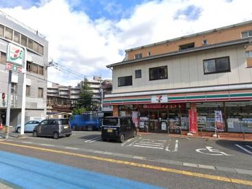 セブンイレブン福岡藤崎1丁目店の画像1