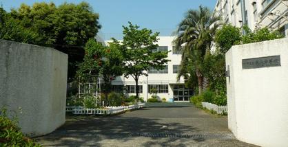 中野区第八中学校の画像1