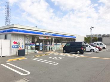 ローソン 高槻川添一丁目店の画像1