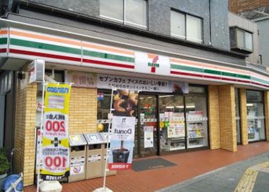 セブンイレブン 大田区東六郷3丁目店の画像1