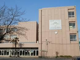 草加市立八幡小学校の画像1