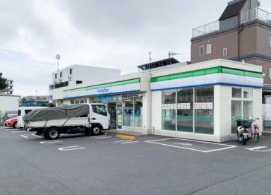 ファミリーマート 練馬土支田二丁目店の画像1