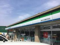ファミリーマート 調布日活撮影所前店