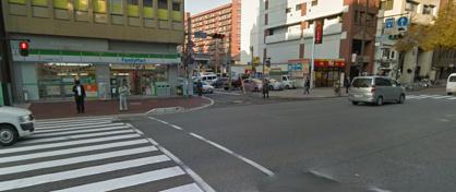 ファミリーマート 中央舞鶴2丁目店の画像1