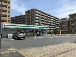 ファミリーマート 東大和桜が丘二丁目店の画像1