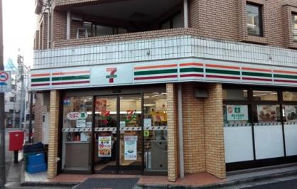 セブンイレブン渋谷千駄ヶ谷3丁目店の画像1