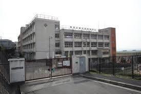 東大阪市立石切東小学校の画像1