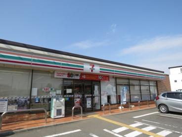 セブンイレブン川越豊田本店の画像1