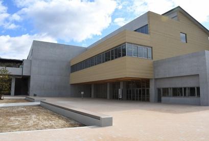 瀬戸市立にじの丘中学校の画像1