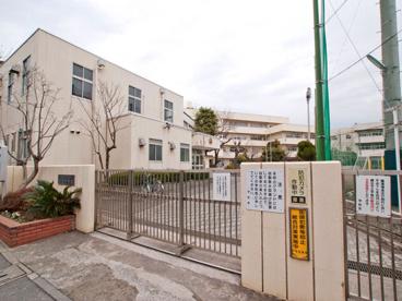 横浜市立鶴見中学校の画像1