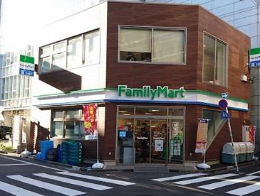 ファミリーマート 渋谷二丁目中央店の画像1
