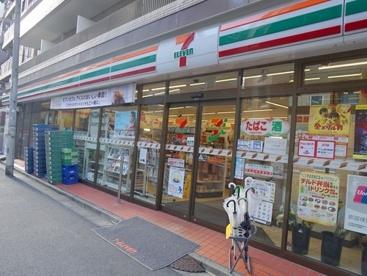セブンイレブン 港区麻布十番3丁目店の画像1
