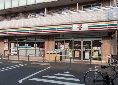 セブンイレブン 大田区西蒲田店の画像1