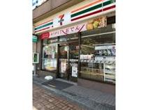 セブンイレブン 福生西口店
