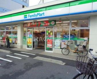 ファミリーマート 板橋三丁目店の画像1
