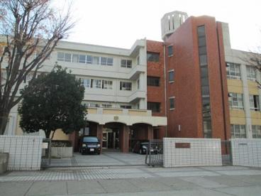 名古屋市立香流中学校の画像1